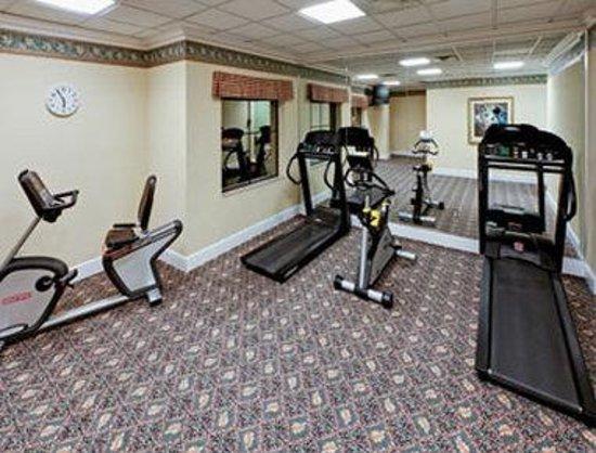 StaySky Suites I-Drive Orlando : Fitness Center