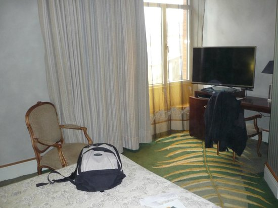 NH Collection Paseo del Prado : quarto/room 506