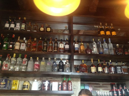 El Baron: Best selection of single malt Scotch whiskies i've seen in Cartagena