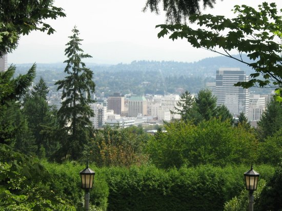 Portland Japanese Garden: Japanese Garden- city view