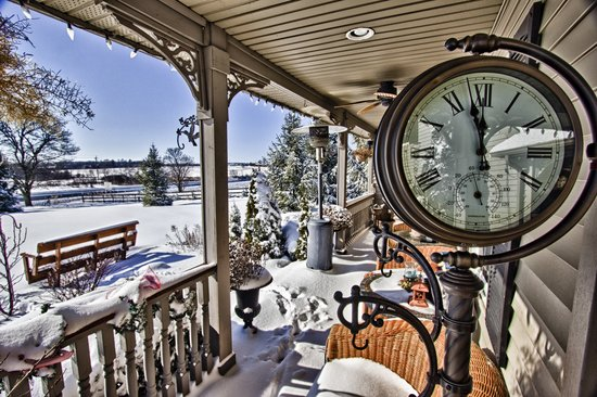 Winter on the veranda at Serenity (88264376)