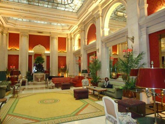 Hotel Avenida Palace: Salão de Visitas