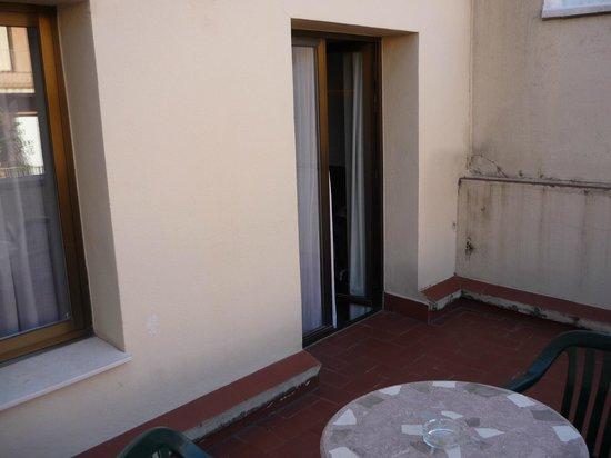 Turin Hotel : quarto/room 509 pátio externo