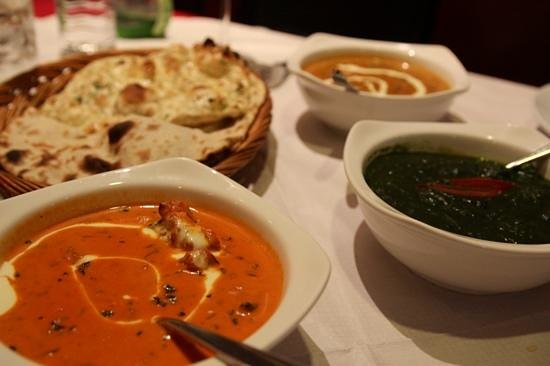 SAFFRON BISTRO : butter chicken, palak paneer and dal makhani