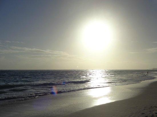 Luxury Bahia Principe Ambar Blue: LOTS OF SUN