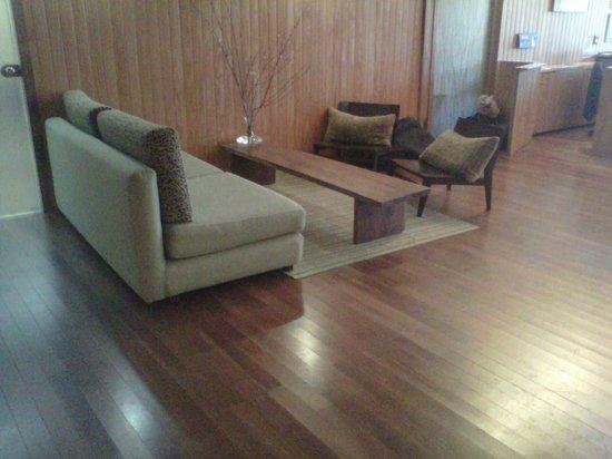 Delta Eco Spa: otro lugarcito acogedor al lado recepcion para tomar algo rico, o leer