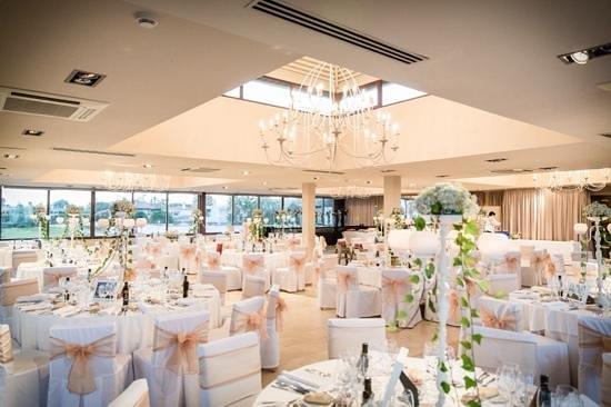 Hotel Guadalmina Spa & Golf Resort: the restaurant set for the wedding