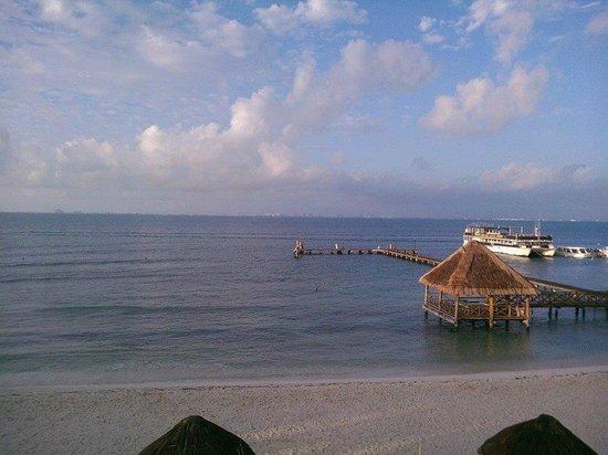 Isla Mujeres Palace: balcony shot after 5 days of rain