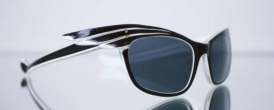 General Eyewear: 1950s engraved sunglasses