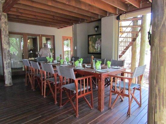 Tambuti Lodge: Dining Area