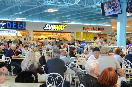 Festival Marketplace : limited food court