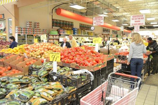 Festival Marketplace : Wonderful produce is available