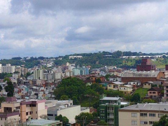 Blue Tree Towers Caxias Do Sul : Vista do quarto