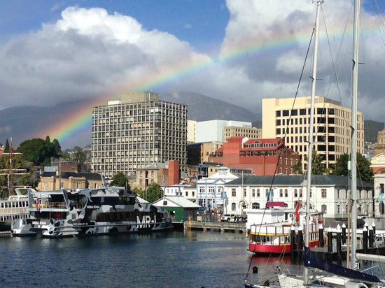 Somerset on the Pier Hobart : It is possible to get obsesses with the changing views from the room, so beautiful!