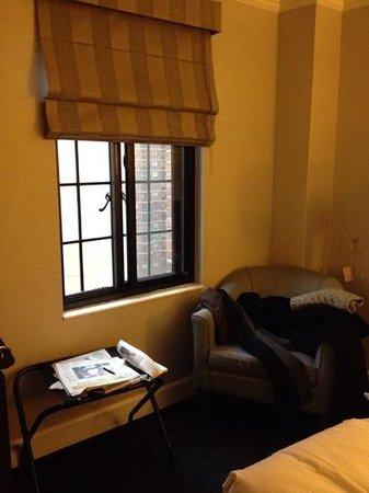 Hilton Manhattan East : room window