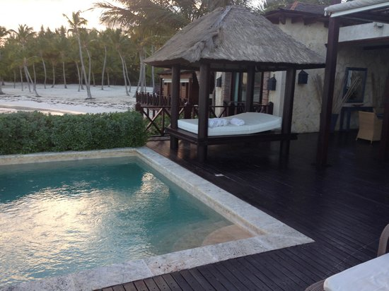 Sanctuary Cap Cana by Playa Hotels & Resorts: Our private pool and cabana