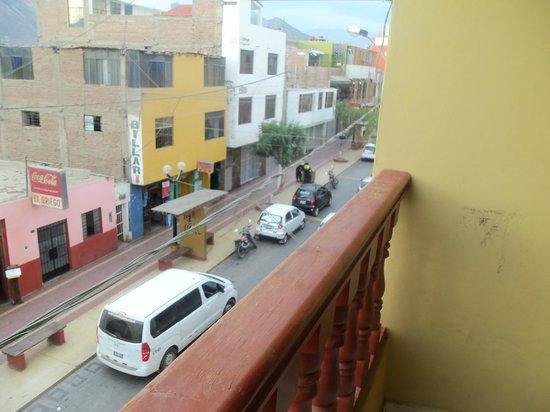 Hostal Boulevard: Vista a la Calle