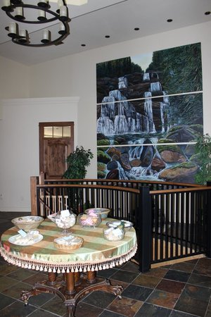 "Country Ridge Bed and Breakfast: ""inside waterfall"""