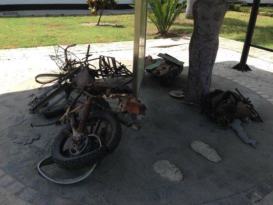 National Museum : ダルエスサラームアメリカ大使館爆破事件のモニュメント