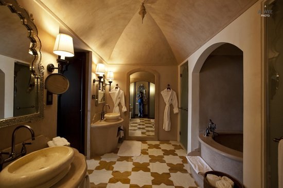 Fairmont Jaipur: Fairmont Gold bathroom
