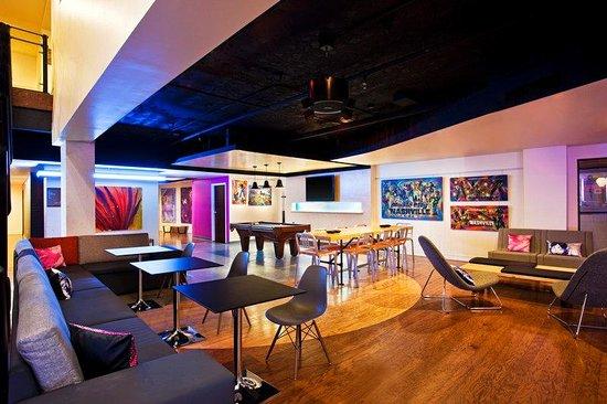 Aloft Nashville West End: Re:mix(SM) lounge