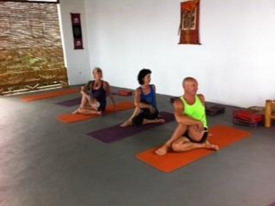 Lotus Sherab Yogacenter: Lotus Sherab Yoga Centre Lovina Bali