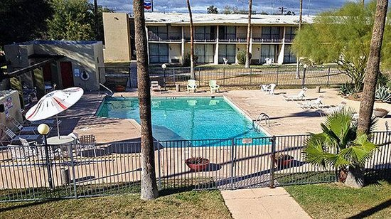 Motel 6 Tucson Airport: Pool