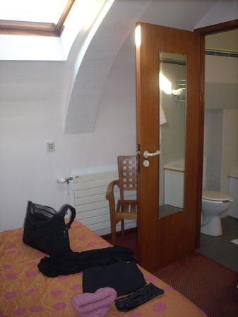 Hospitel-Hotel Dieu Paris : Room 1