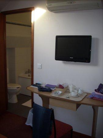 Hospitel-Hotel Dieu Paris : Room 2