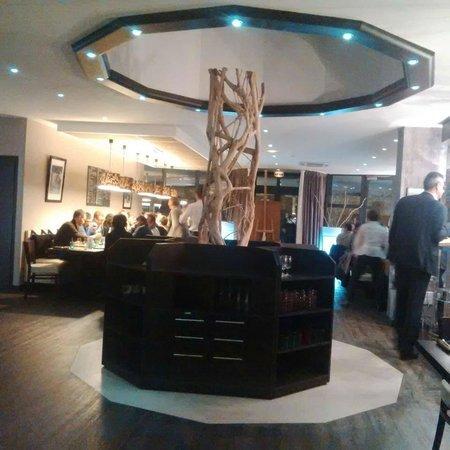 LE COLISEE Hotel & Spa : Main Restaurant