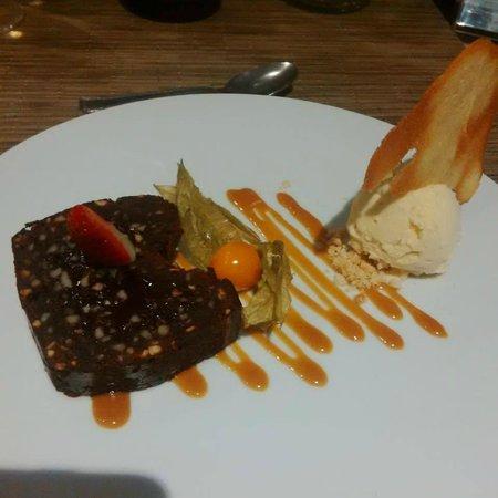 LE COLISEE Hotel & Spa : Dessert