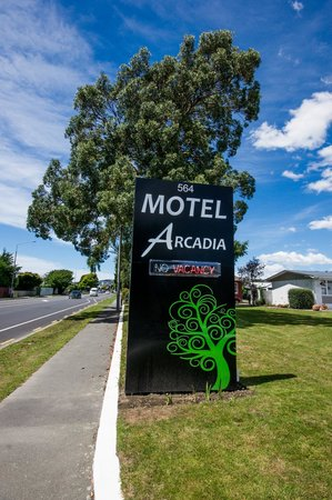 Arcadia Motel : Front