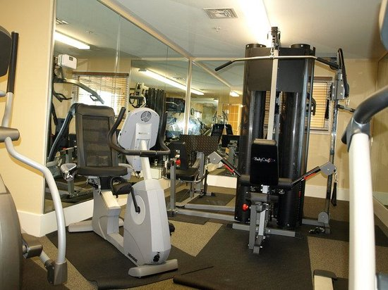 Candlewood Suites Lafayette River Ranch : Fitness Center