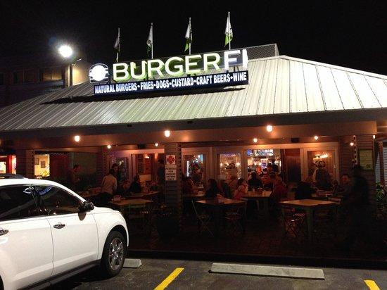 BurgerFi c'est le rendez-vous.