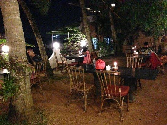 Fort House Restaurant: Inner tables