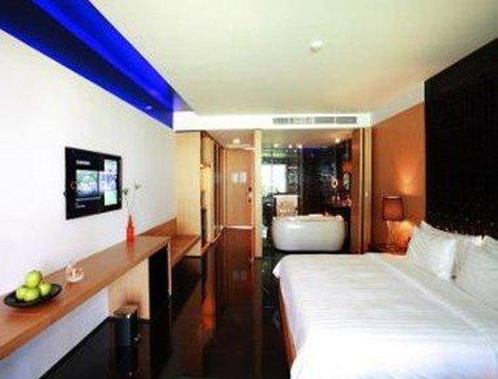 Ramada Khao Lak Resort: Deluxe Jacuzzi Room