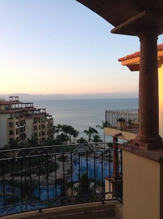 Villa La Estancia Beach Resort & Spa Riviera Nayarit : early morning view from our balcony