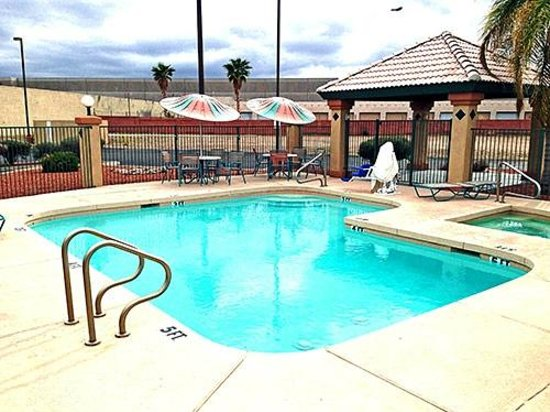 pool picture of motel 6 tempe asu tempe tripadvisor