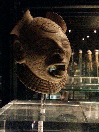 National Museum Quito : Jama coaque