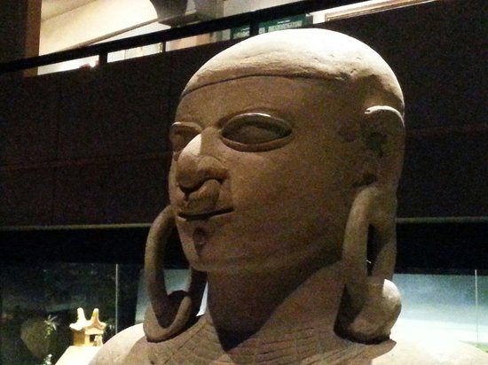 National Museum Quito : Statue la tolita