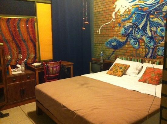 Phranakorn-Nornlen Hotel: basic but clean room