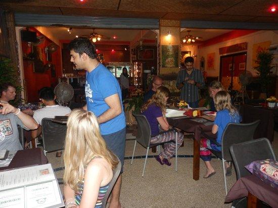 Gajanana/Dolce Vita Restaurant & Bar: terrasse