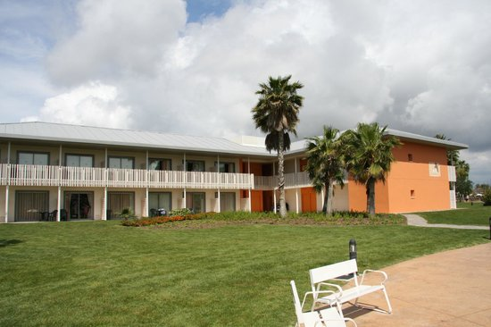 PortAventura Hotel Caribe: Hotel and grounds