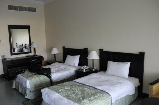 Golden Tulip Resort- Dibba: double bed big enough