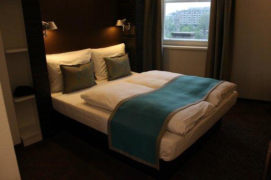 Motel One Edinburgh-Royal: Номер