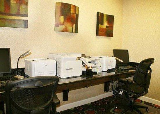 Comfort Suites Florence: Business Center