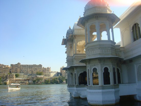 Taj Lake Palace Udaipur: Turrets of the hotel