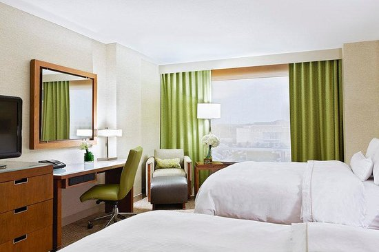 The Westin Austin at The Domain: Standard Queen Room