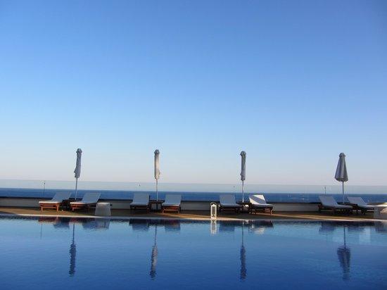 Boutique 5 Hotel & Spa : Aussicht vom großen Pool