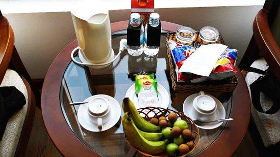 Starlet Hotel: Welcome Fruit basket